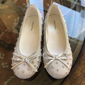 Stuart Weitzman Fannie Sparkle Girls Shoes.